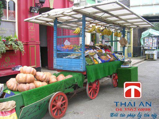 Quầy bán hoa quả tự chọn có phải đăng ký kinh doanh?